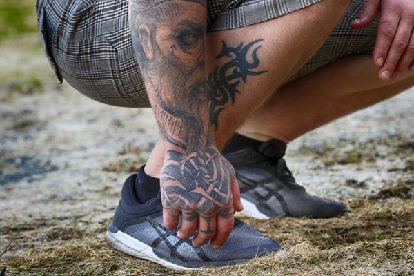 Tatuaggi con simbolo Unalome: cosa sono?