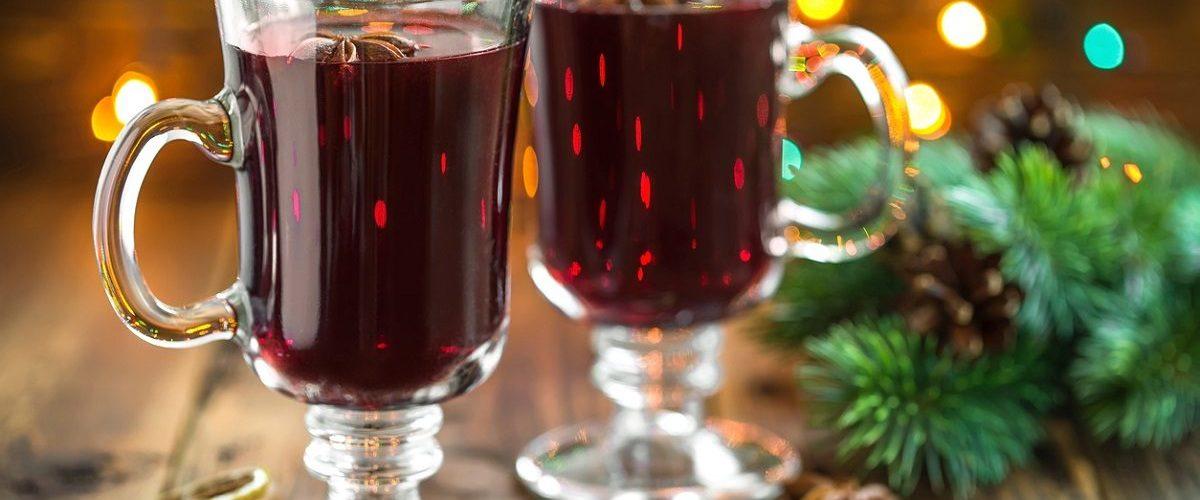 Vin brulè: la ricetta originale della bevanda calda e aromatica