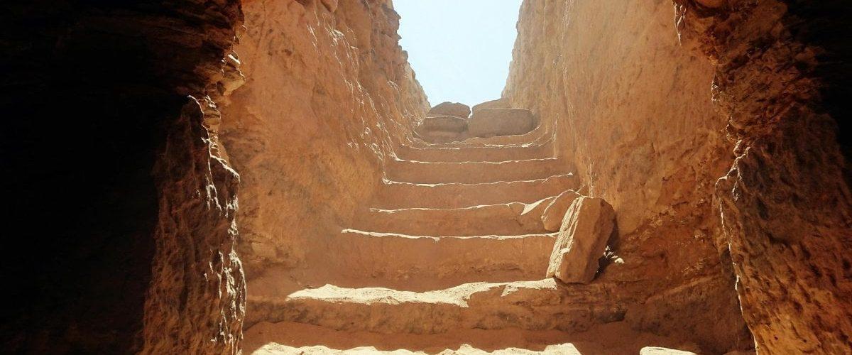 Cultura e tradizioni: La sorprendente storia dietro le Lapidi