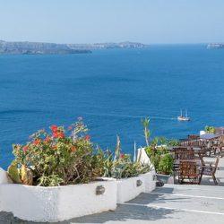 Traghetto o aereo per la Sardegna? Ecco cosa scegliere