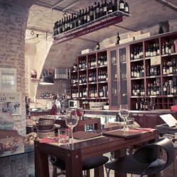 La scelta del vino è un'arte da assaporare lentamente